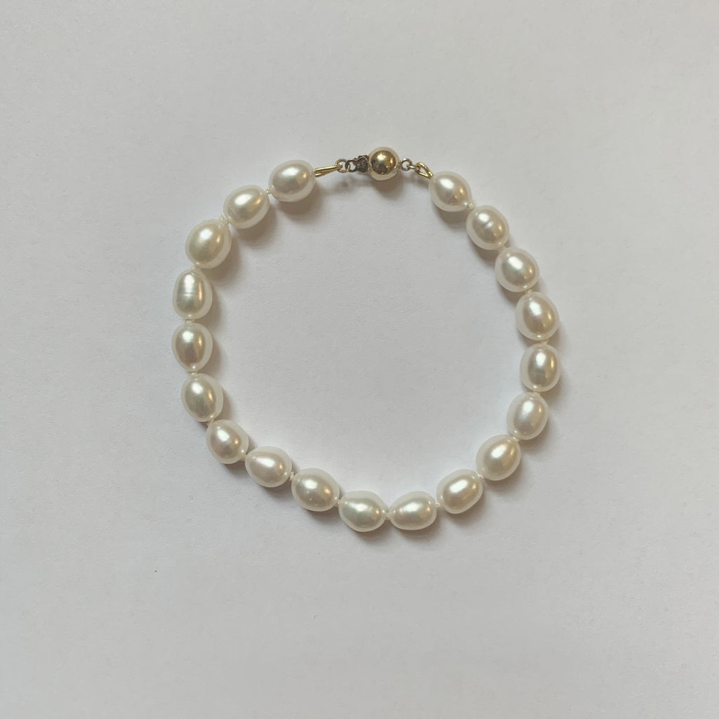 Classic Pearl Strand Bracelet - 9ct Gold Clasp