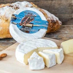 Le Pont Tournant Brie Cheese by Canadian Fromagerie Fritz Kaiser