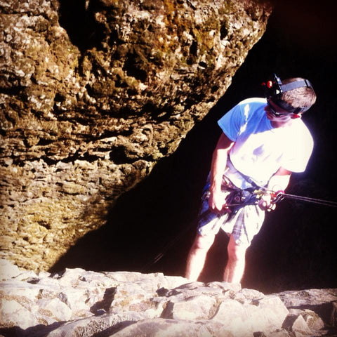Andrew Cain Repelling at Devils Kitchen Chico, Ca