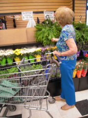 woman shopping with on the go pouch