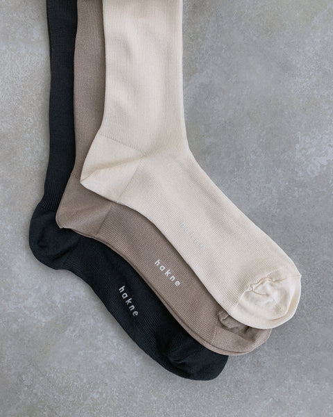 hakne : silk ribbed high socks