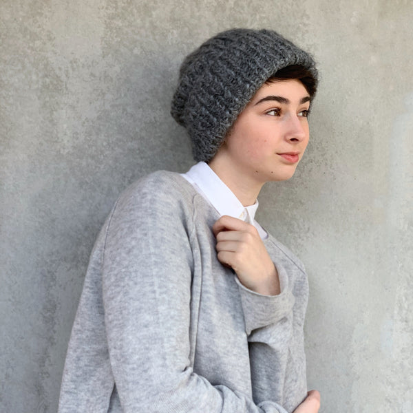 karakoram : silk alpaca beanie with cuff in graphite