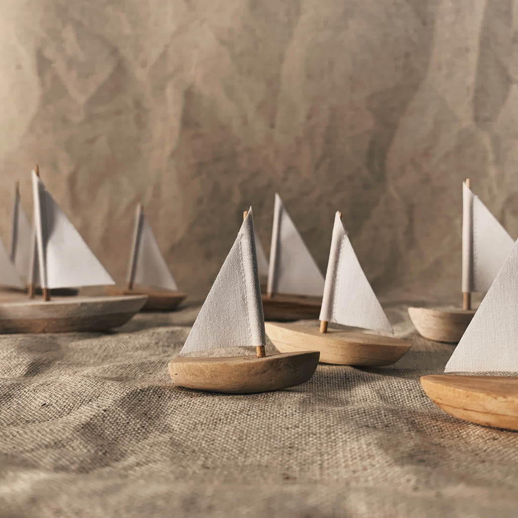shipshapes : little wooden boat
