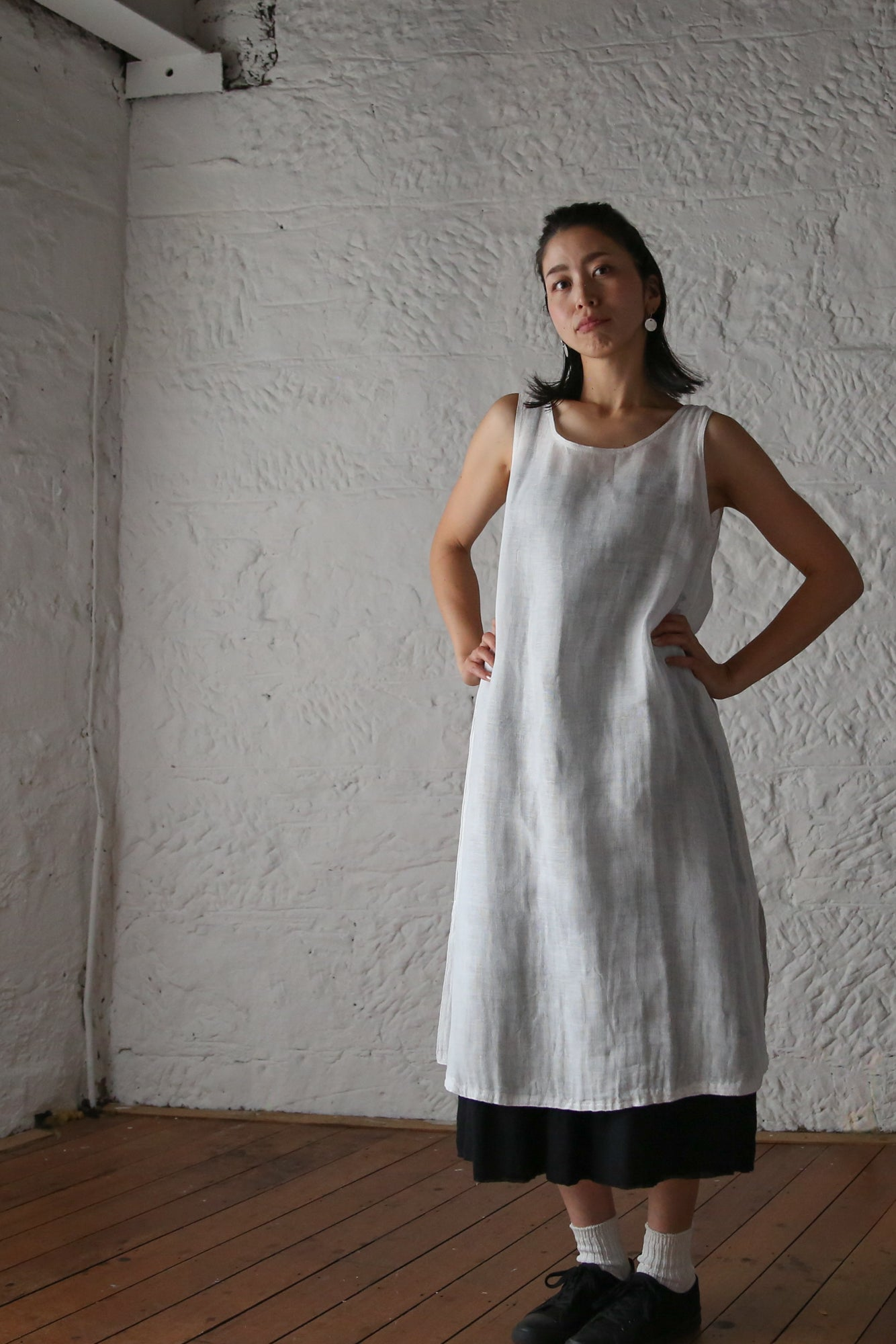 ban inoue : caya slip dress in chalk