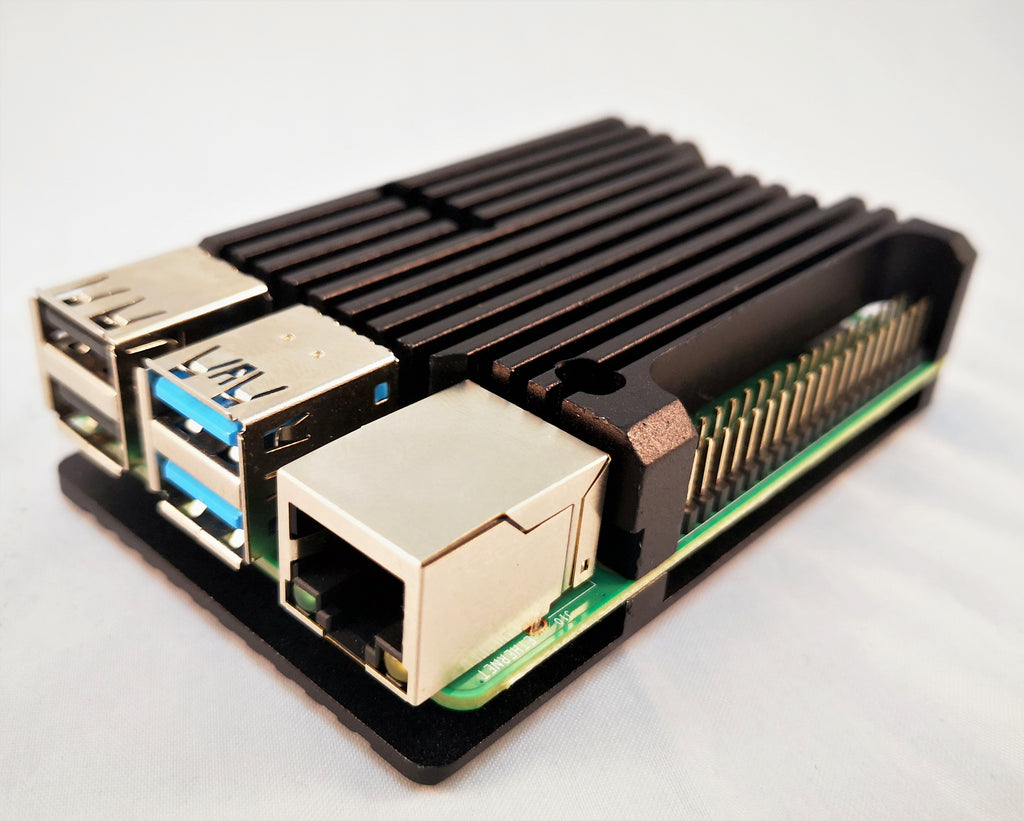 Passive Heatsink Case for Raspberry Pi 4