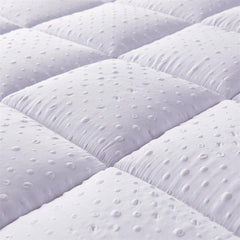 Bedecor extra soft mattress pillow topper for sagging mattress, Anti-skid particles at the bottom bed topper queen, Down alternative best mattress topper with 3D Massage Bubbles cover