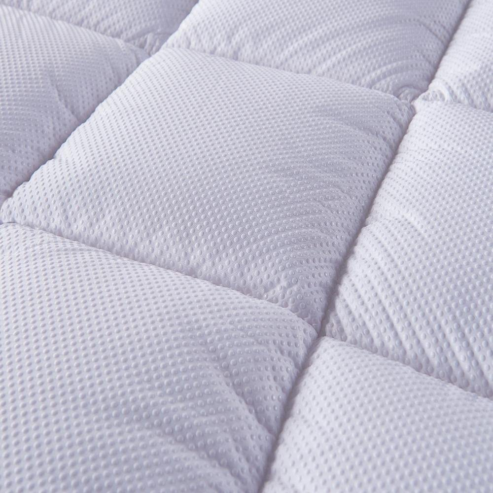 Premium 3D bubbles cover on the bed topper queen provide the ultra-soft
