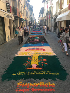 Camaiore Multiple Sawdust Carpets Length Of Street