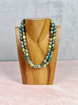 Peacock Shell Pearl Necklace