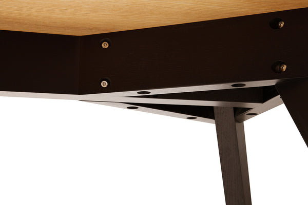 Structure de la Table Scandinave Moderne Albula