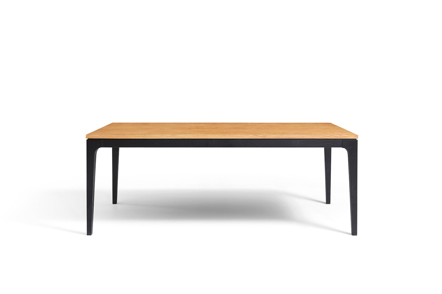 Table basse design en bois noire davos dewarens for Table basse bois design