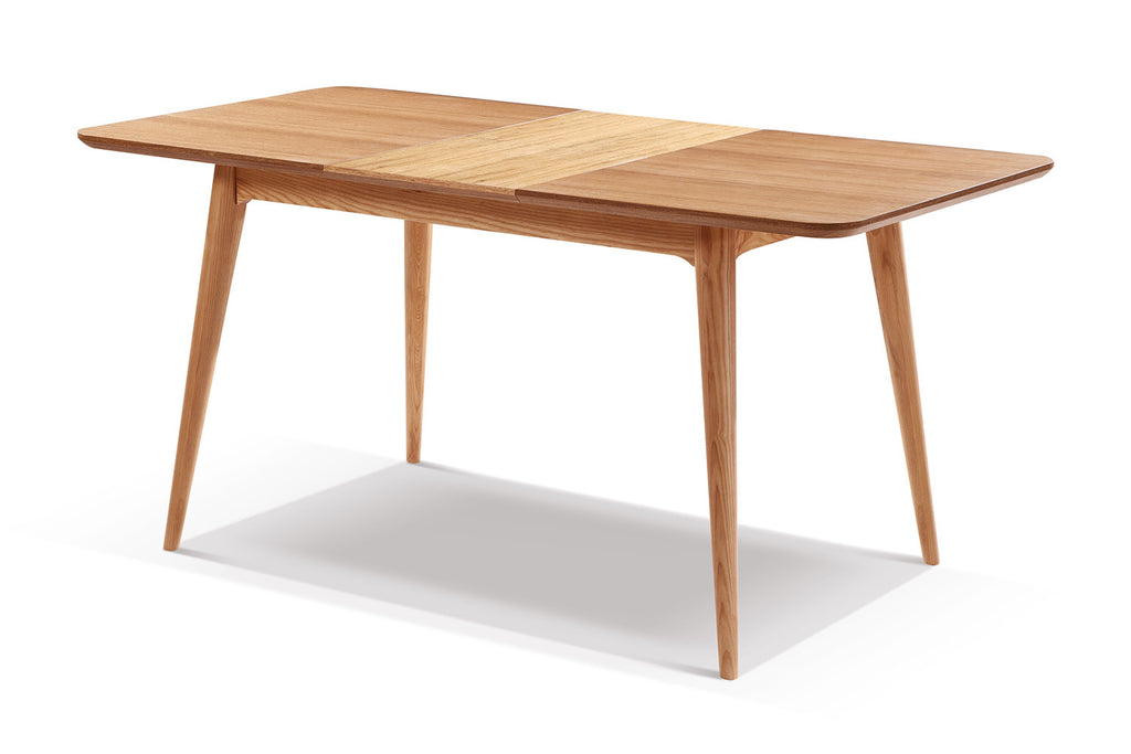 Table de salle manger extensible en bois adda dewarens for Table en bois extensible