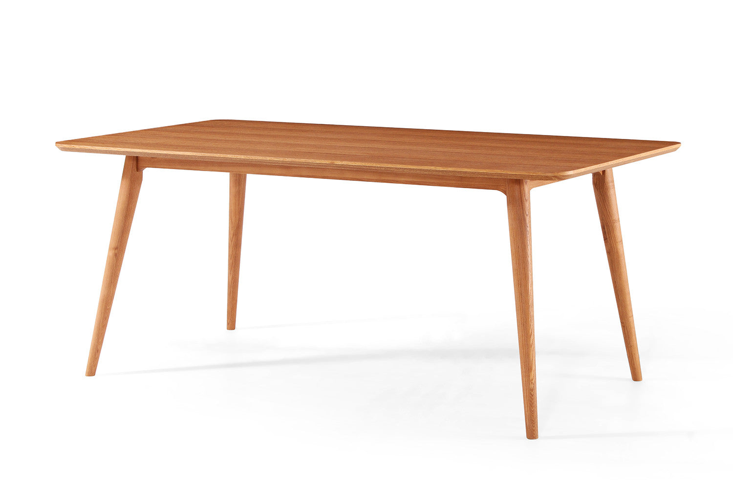 Table de salle manger design en bois julia dewarens for Table a manger scandinave