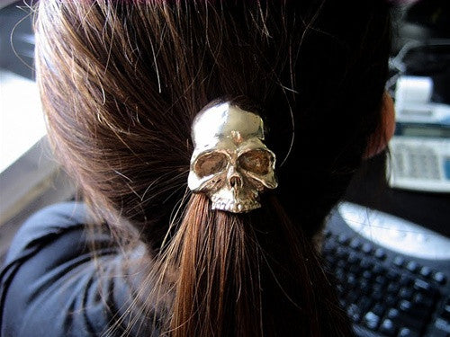 Skull Pony Tail Holder
