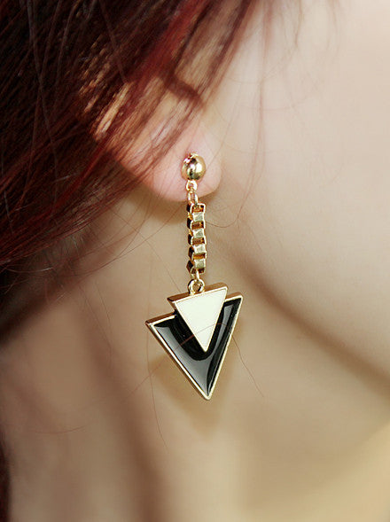 Retro Triangle Drop Earrings