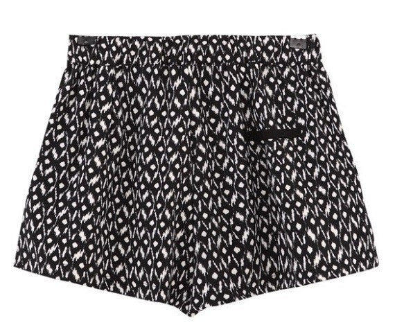 Contrast Geo Shorts