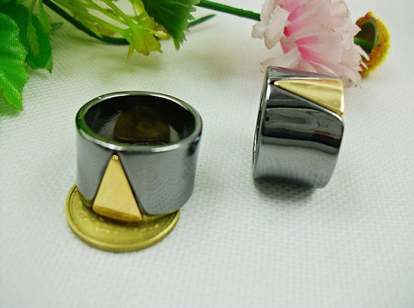 Triangle Band Ring