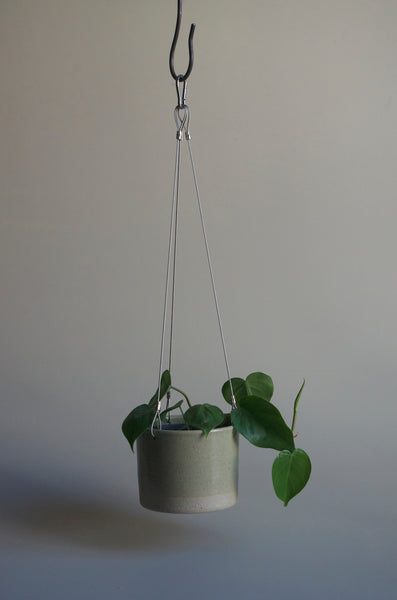 Wingnut & Co Hanging Planter - Small