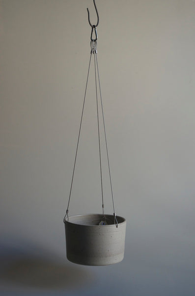 Wingnut & Co Hanging Planter - Large