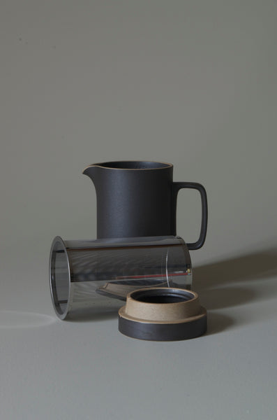 HASAMI BLACK TEAPOT TALL