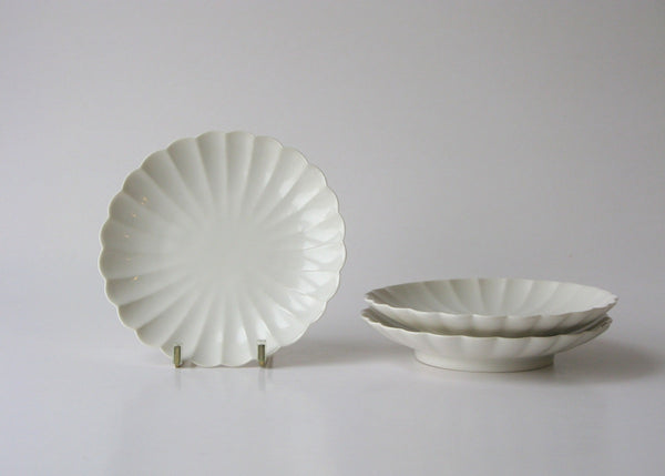 JICON Chrysanthemum plate