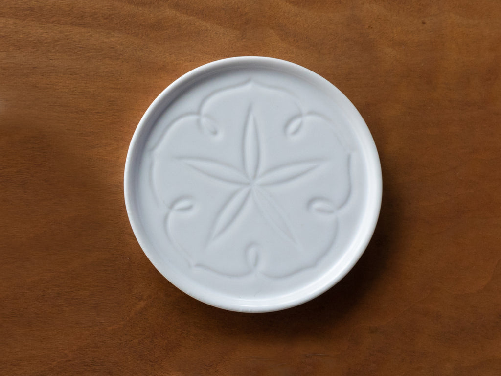 JICON Carved Flower Coaster