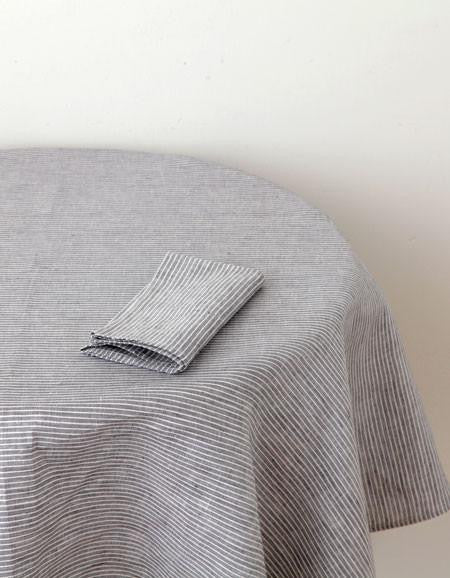 Fog Linen Work linen table cloth