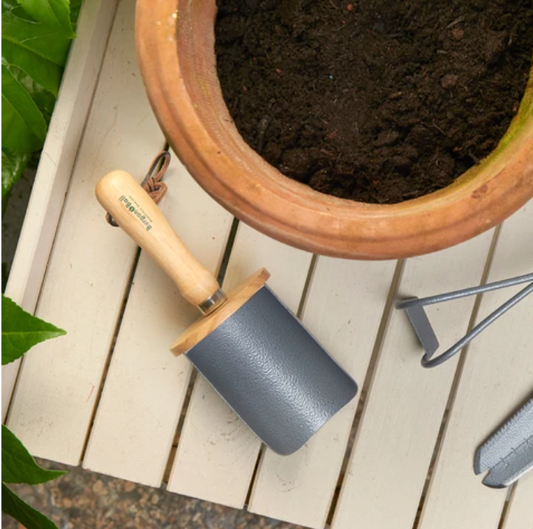 Potted Plant Scoop