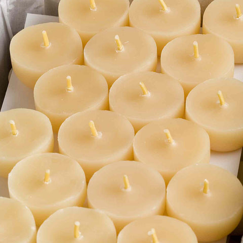 Northern Light Beeswax tealight candle