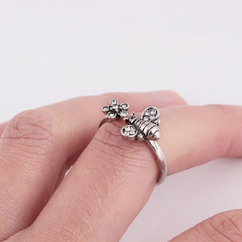 Fashion Cute Bee Love Flower Ring