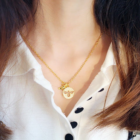 Stylish Simple Short Women Cute Bee Necklace