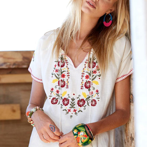 Floral Embroidered Short Sleeve Blouse