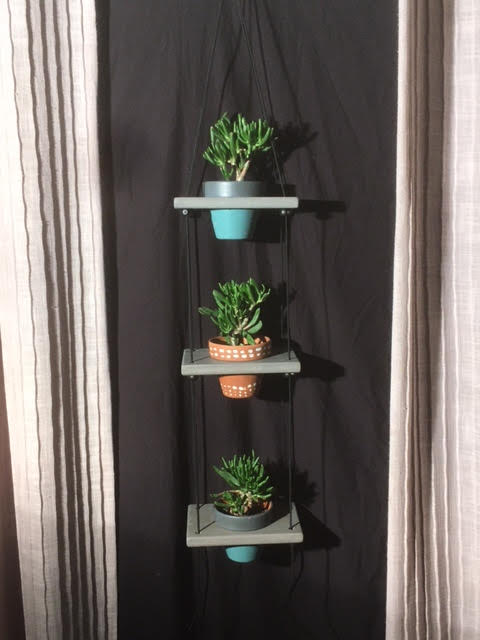 "3 Pot Plant Shelf ""Shwing"""