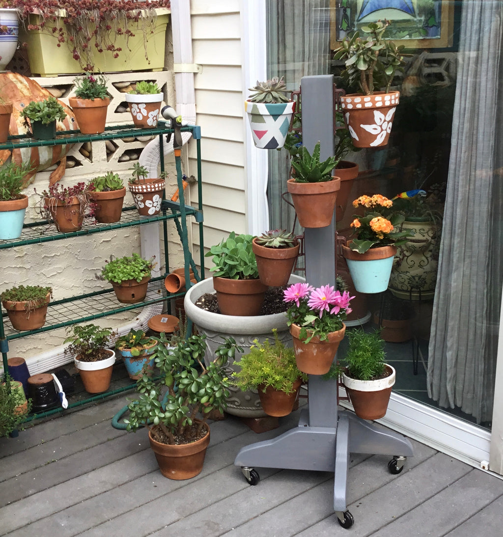 Weathered Gray 4 way 10 Pot Tower on casters
