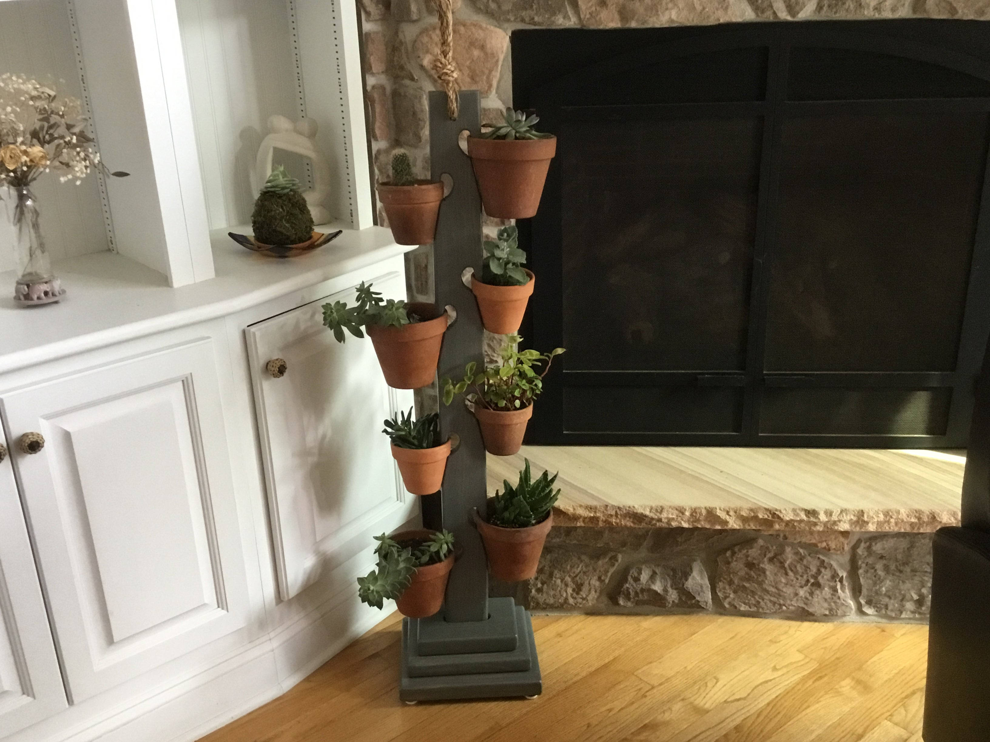 8 Pot Tower in  Weathered Gray