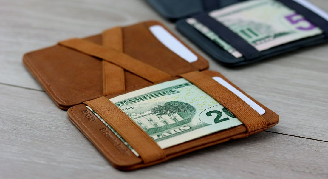 hunterson-magic-wallet