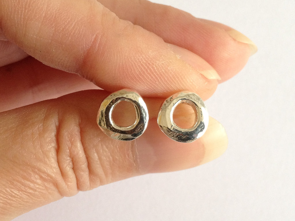 Small O Silver Circle Stud Earrings