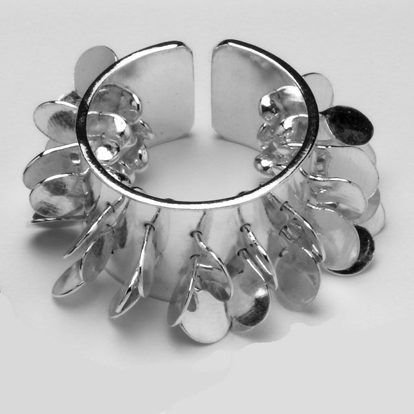 Icon wide Ring, polished silver by Fiona DeMarco