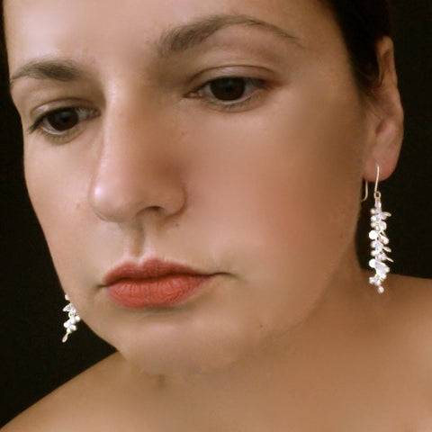 Harmony dangling Earrings, satin silver by Fiona DeMarco
