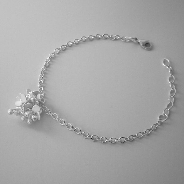 Radiance Bracelet, satin silver by Fiona DeMarco
