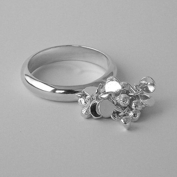 Radiance Ring, polished silver by Fiona DeMarco
