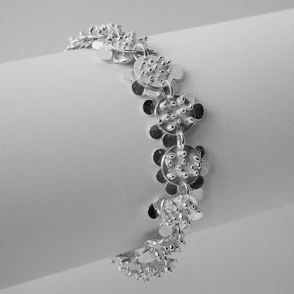 Symphony Bracelet reverse side, polished silver by Fiona DeMarco