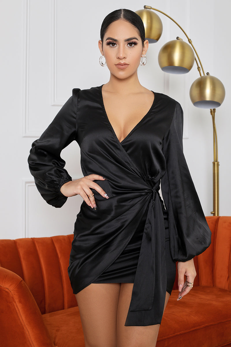 Night Out Wrap Mini Dress (Black)