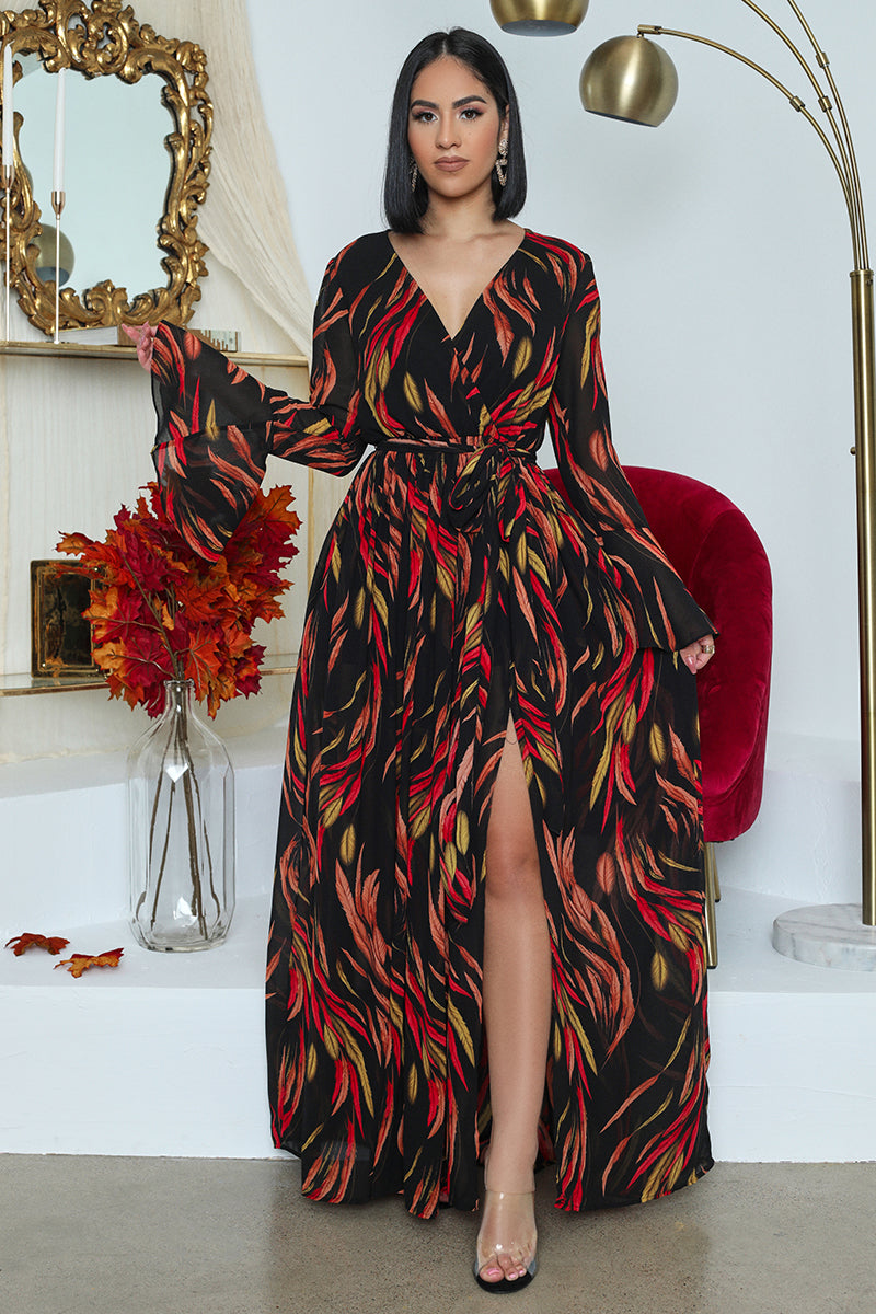 Feather Print Bell Sleeved Maxi Dress (Black)