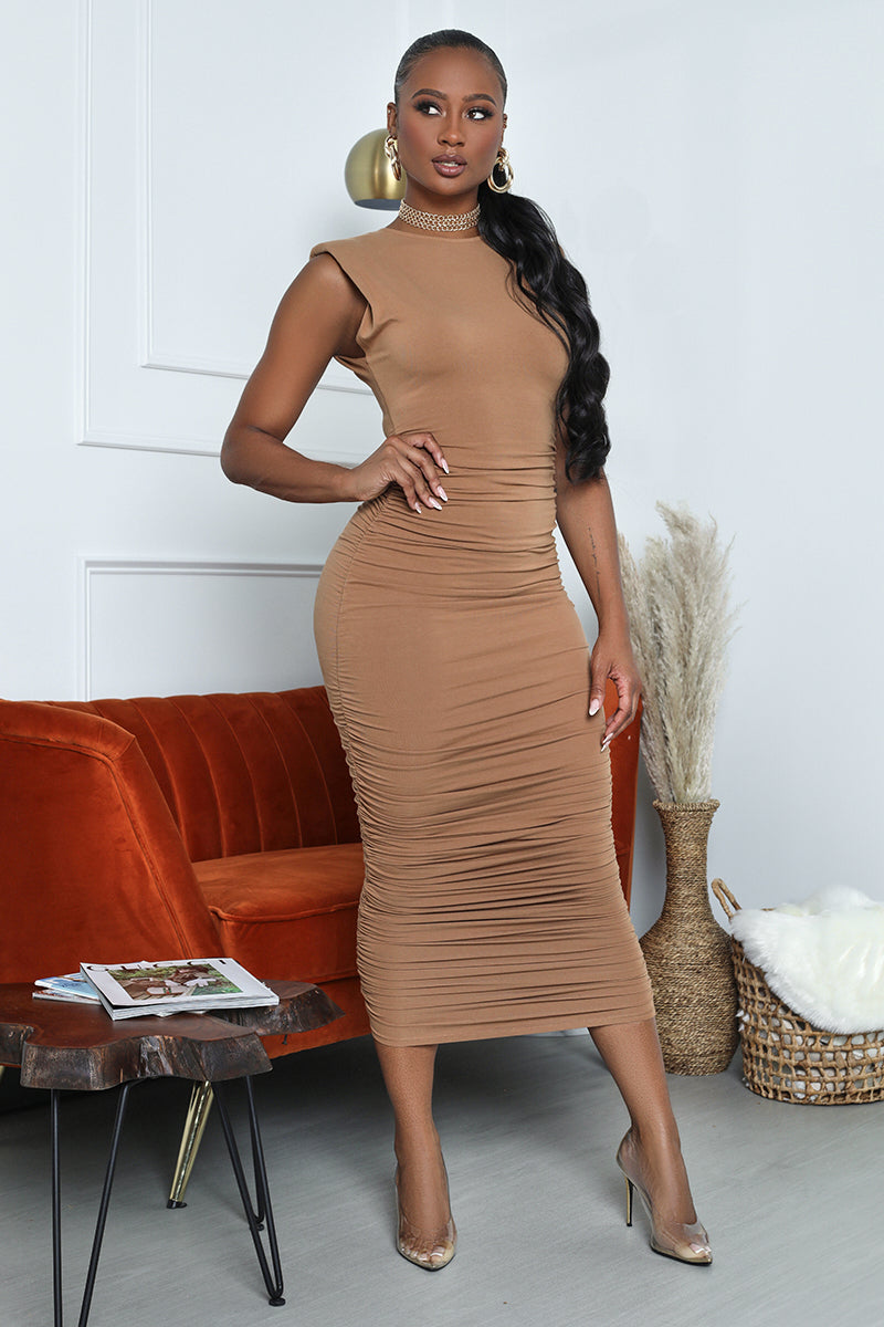 Sleeveless Ruched Bodycon Midi (Camel)