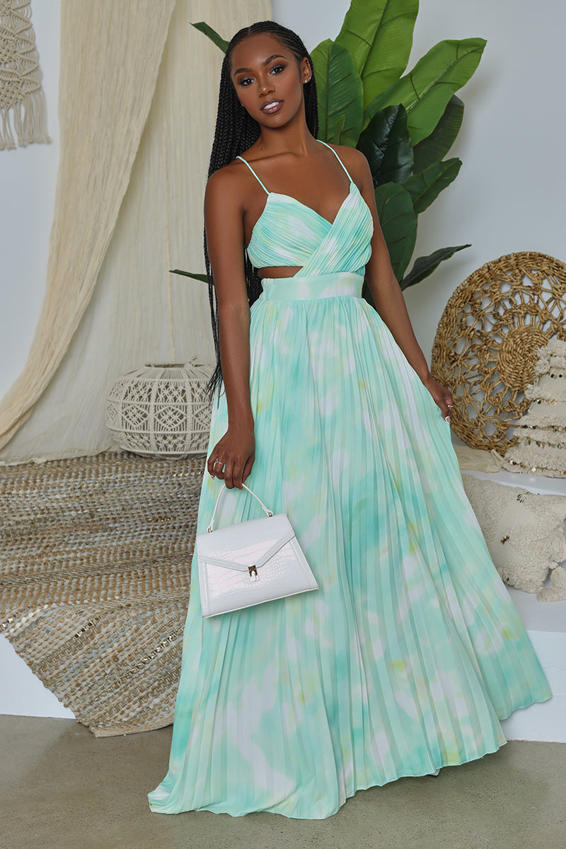 Strappy Open Back Watercolor Pleated Cut Out Maxi Dress (Mint Green)