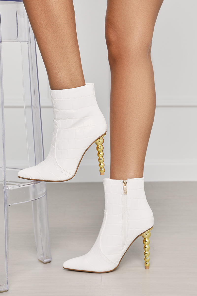 Tilly Croc Bootie (White / Gold)