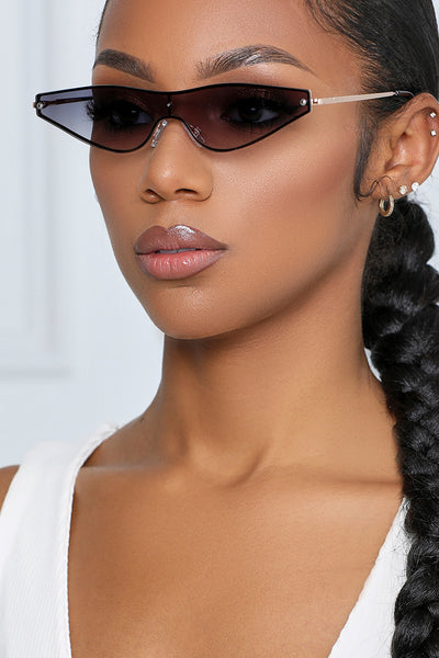 Too Fly Cat Eye Sunglasses (Black & Gold Ombre)