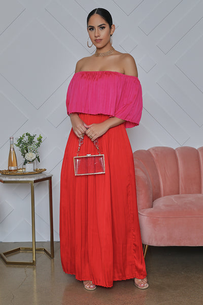 Off The Shoulder Color Block Pleated Maxi Dress (Red)