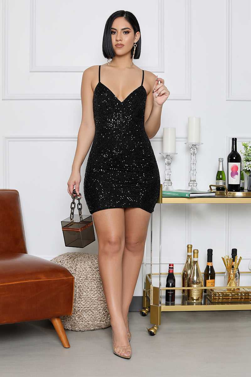 All That Sparkles Iridescent Sequin Ruched Mini Dress (Black)